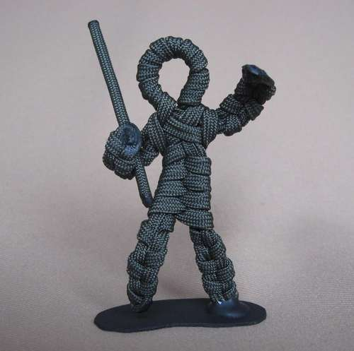 How-To:  Make little green army men from paracord