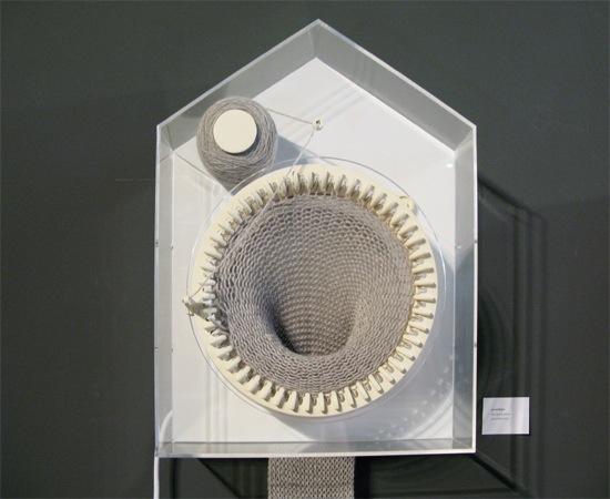 Clock knits, tells time