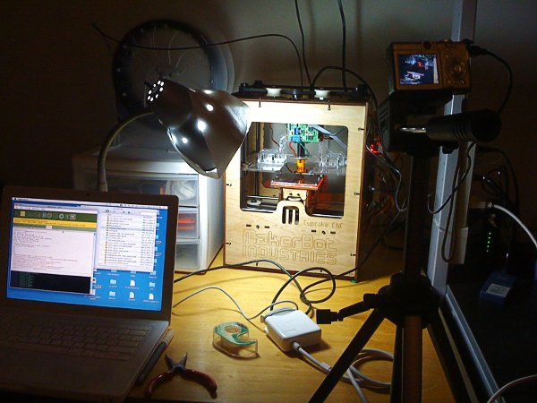 Automatic Time-Lapse Photography of a MakerBot print
