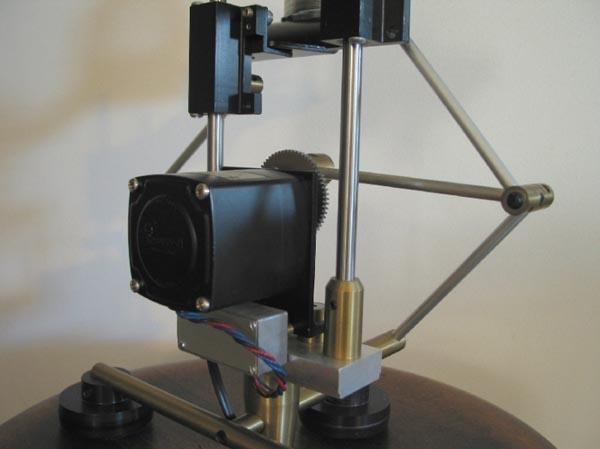Slink-O-Matic machine automates Slinky-play