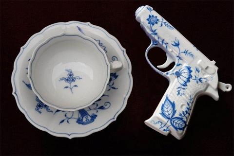 IT'S TEA TIME! Porcelain Pistol
