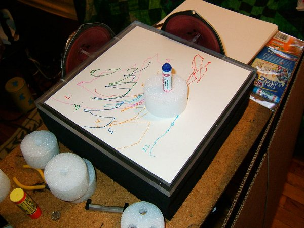 Sketching machine draws pictures using sound
