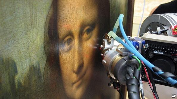 The da Vinci method: Shadow strokes