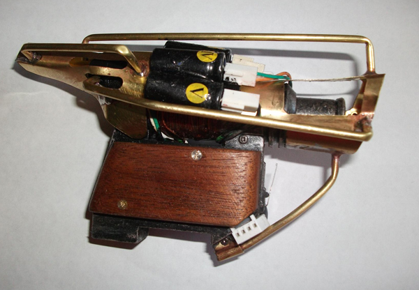 Mini coilgun