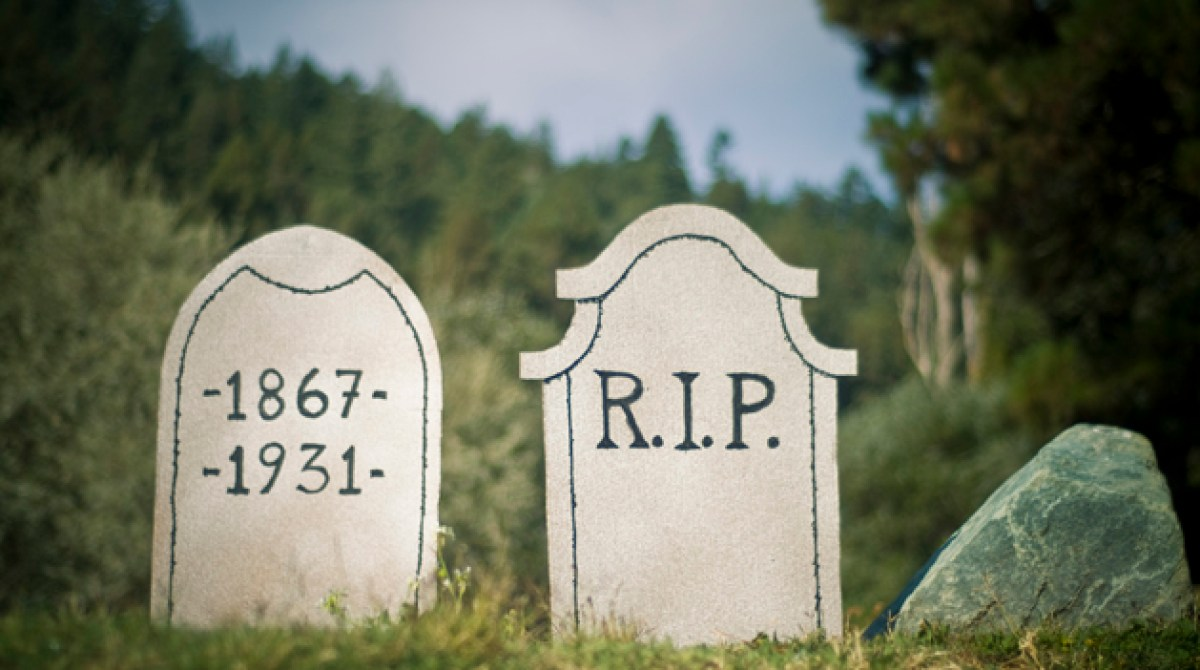 how-to: make halloween tombstones | make: