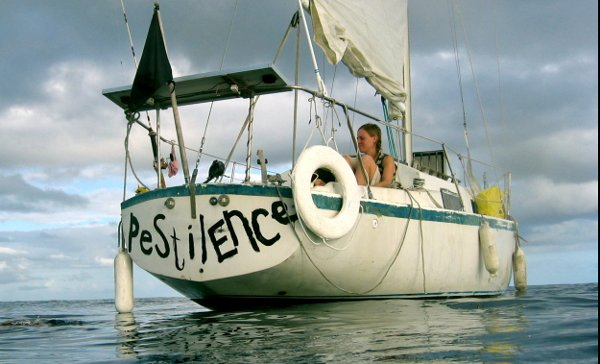 Hold Fast, a documentary about anarchy and sailing