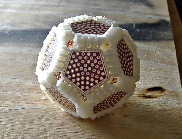 Dodecahedral protoboard with 3D-printed connectors