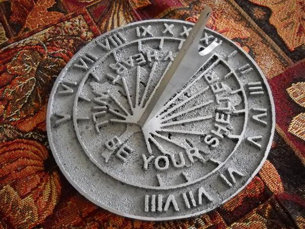 Location-specific sundials