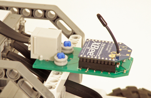 Wireless Mesh Networking for LEGO Mindstorms