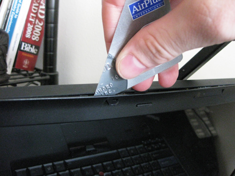 Avoid Marring, Open Plastic Cases With A Cut Credit Card