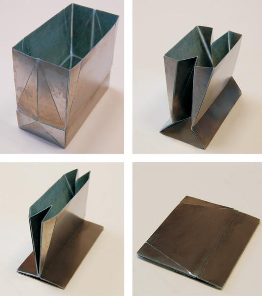 Flat-Folding Steel Grocery Bag