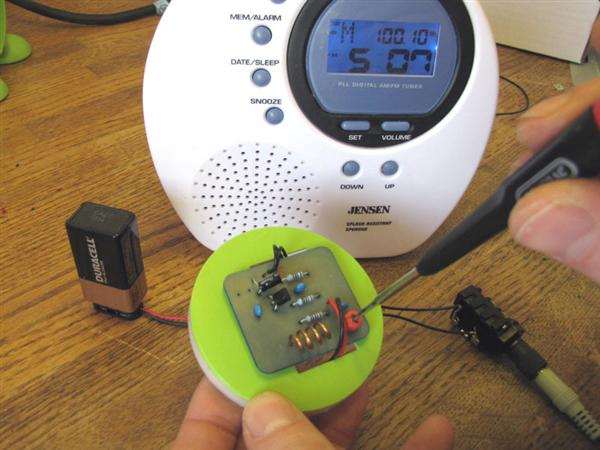 Make: Projects – Micro FM Transmitter
