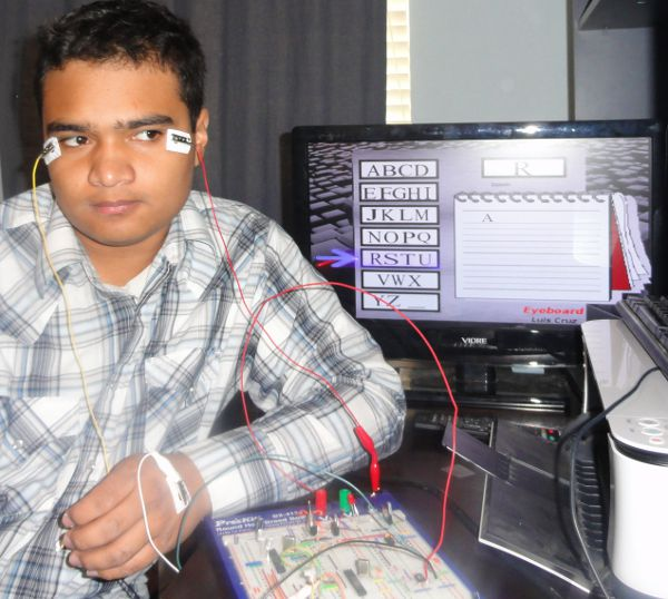 Honduran High Schooler's Low-Cost Eye-Controlled Interface