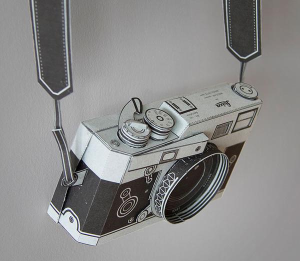 Papercraft Leica Pinhole Camera