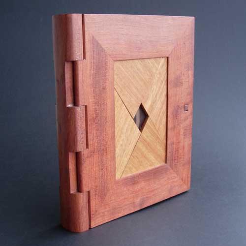 "How-To:  ""Diamond Lock"" Puzzle Journal"