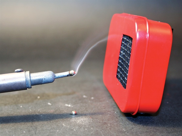 In the Maker Shed: Mini Fume Extractor Kit