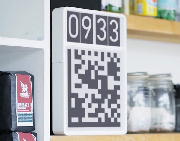Robot-Readable Wall Clock