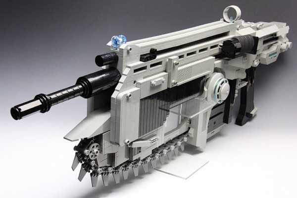 """Life-Size Lego """"Gears of War"""" Rubber Band Gun w/ Working Chainsaw"""