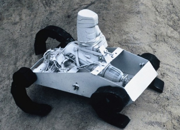 RC Crawler Bot Powered by a Cordless Screwdriver