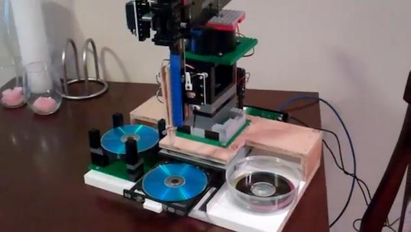 Arduino Controlled LEGO CD Duplicator