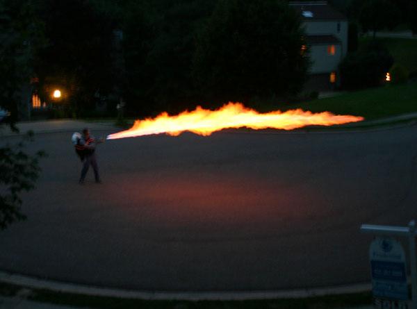 Top 10: Flamethrowers!