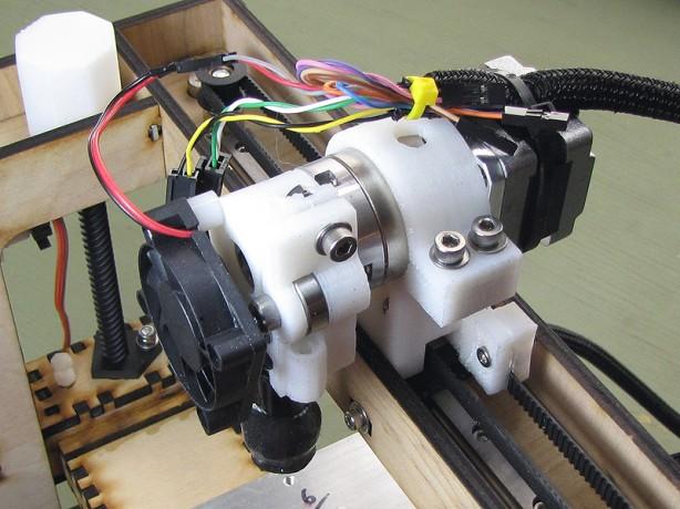 Building the MakerGear Mosaic 3D Printer – Part V: The Extruder