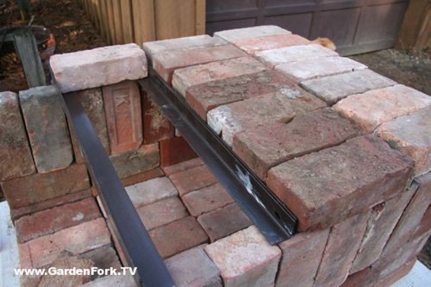 Knock Down Pizza Oven From Bricks, Scrap Iron