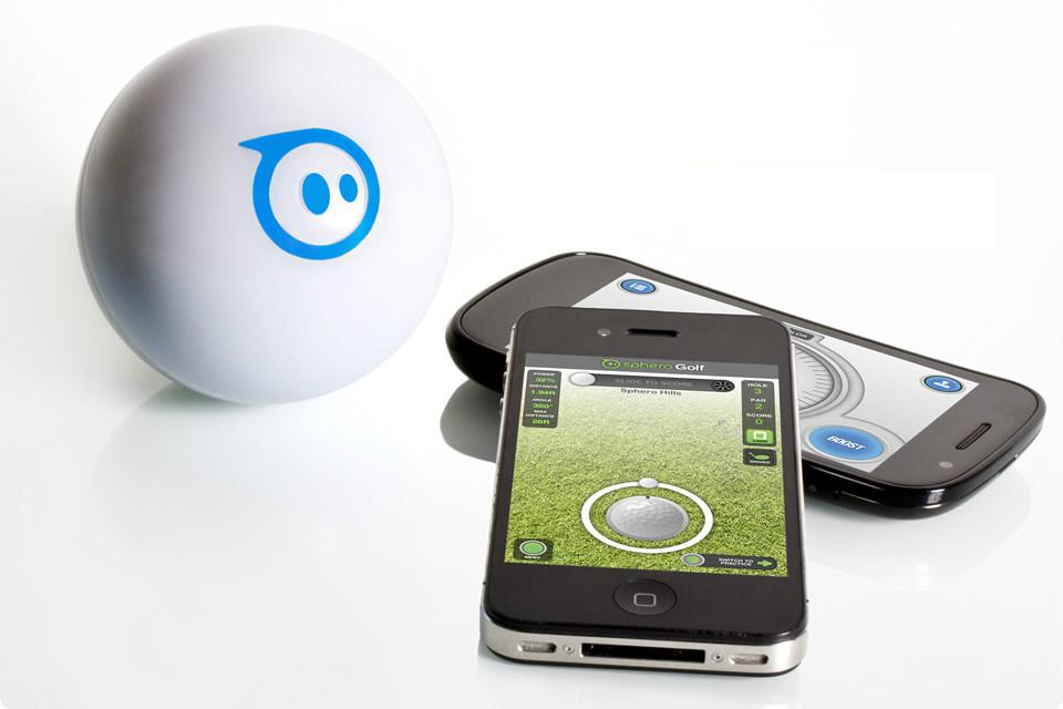 Alt.CES: Robot Balls and 3D Cubes