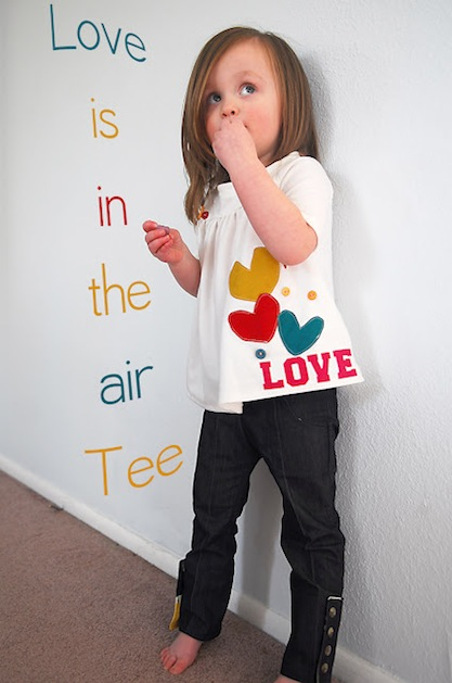 icandyhandmade_applique_love_t-shirt.jpg