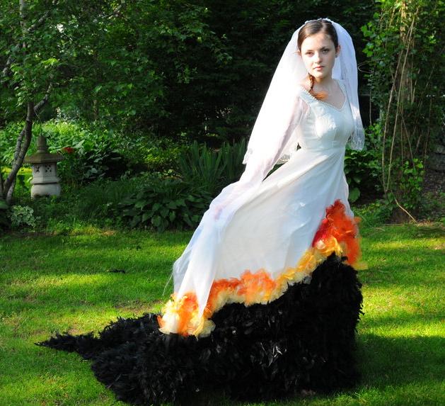 Gorgeous Hunger Games Wedding/Mockingjay Dress Costume