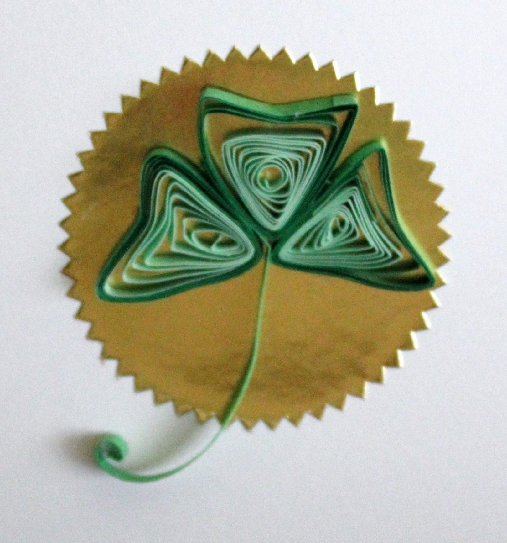 How-To: Quilled Shamrock Card