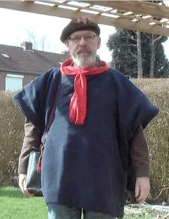 Make: Projects – Battery-Heated Poncho