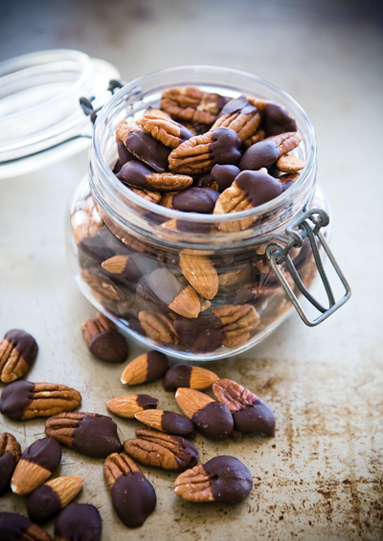 Recipe: Chocolate Dipped Nuts