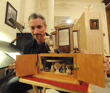 Video Profile of Automata Artist Dug North