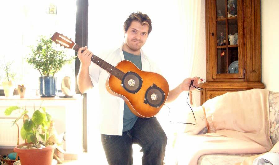 Old Broken Guitar Given New Life as Speaker