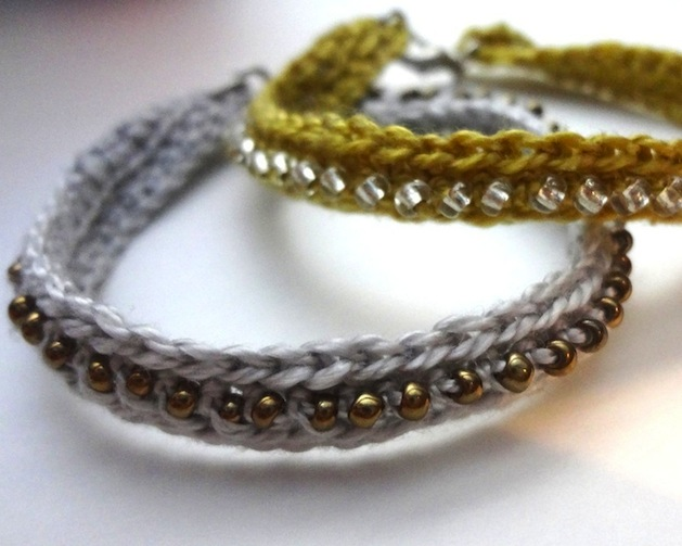 How-To: Crocheted Seed Bead Bracelet
