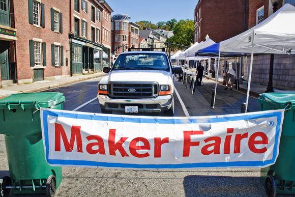 Rhode Island Mini Maker Faire: August 11, 2012 (Call to Makers is Open)