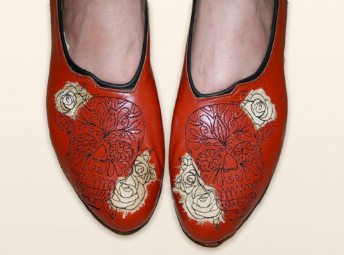 How Custom Embroidered Leather Shoes Are Made