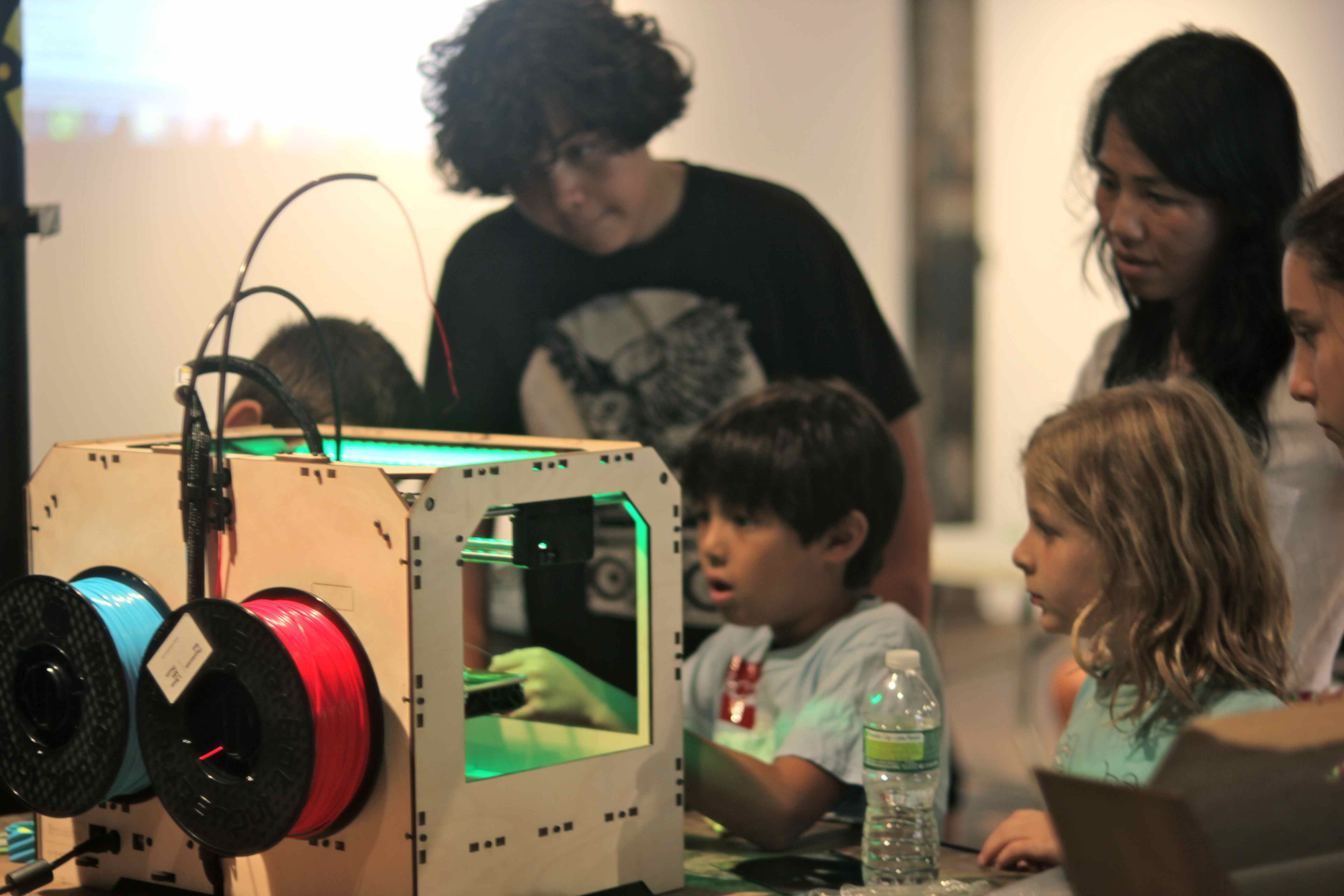 NYC Makery: A Pop-Up Makerspace for Kids