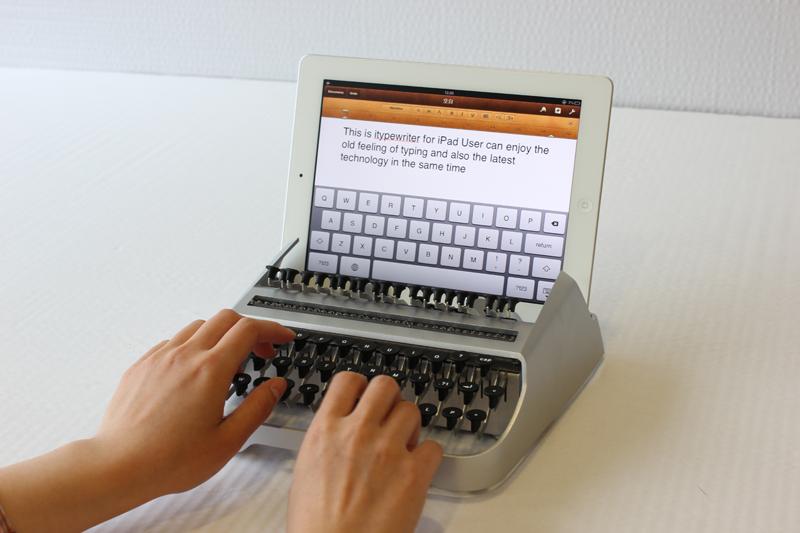 Mechanical Typewriter Keyboard for iPad
