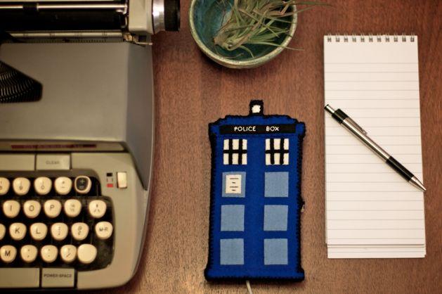Flashback: TARDIS Phone Charging Station