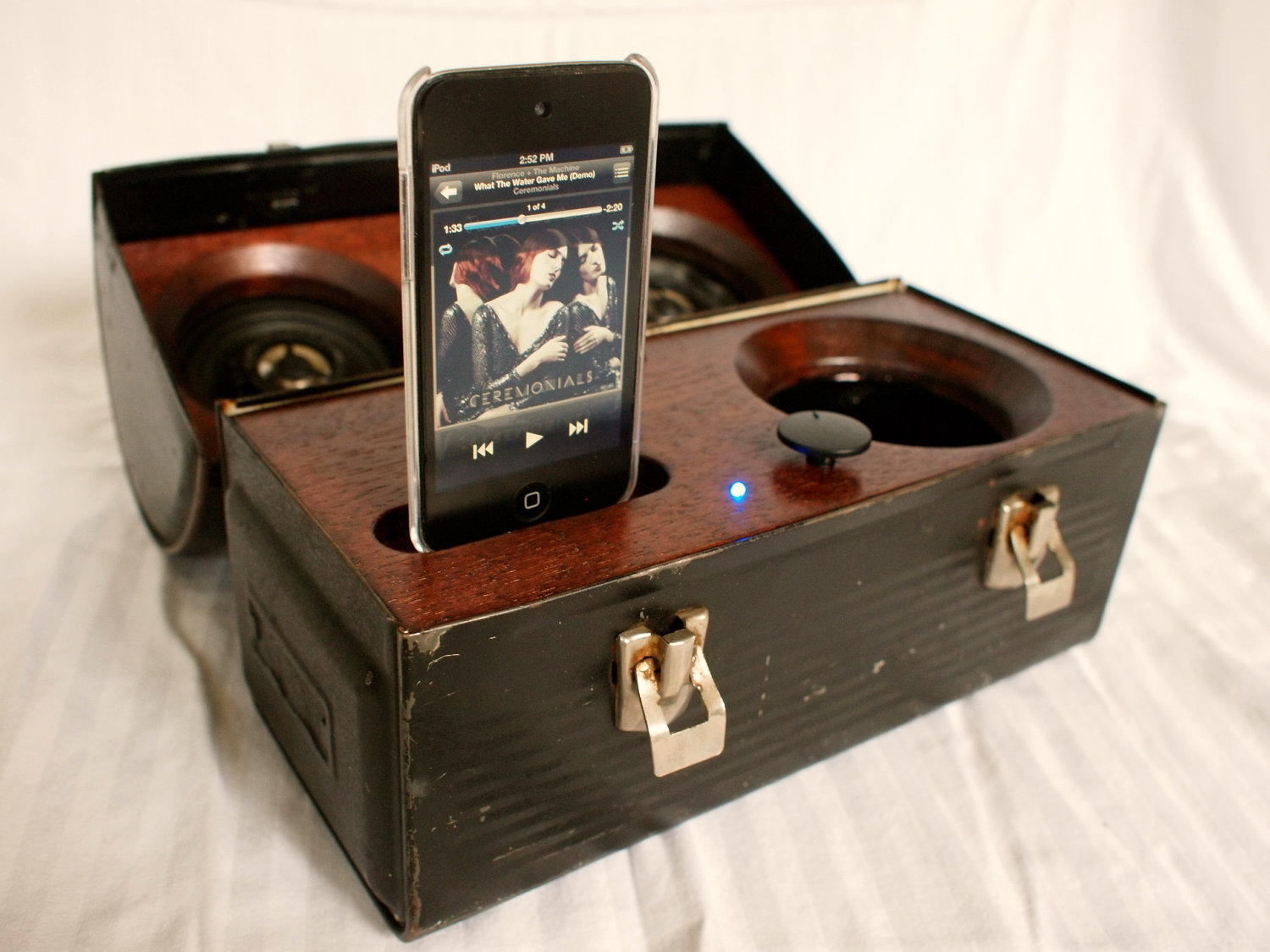 AudioPail Portable iPhone Speakers in a Lunch Box