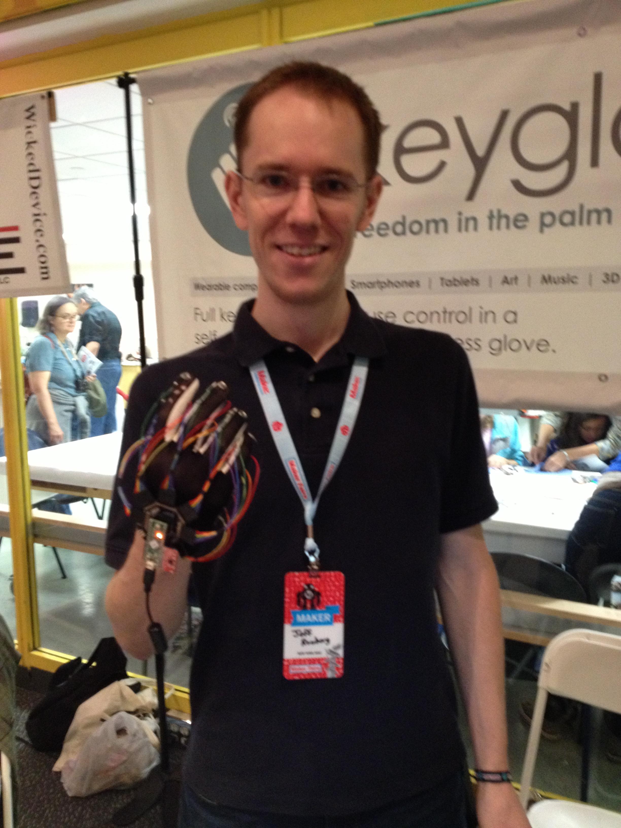 Maker Faire New York: Keyglove Gestural Input Device