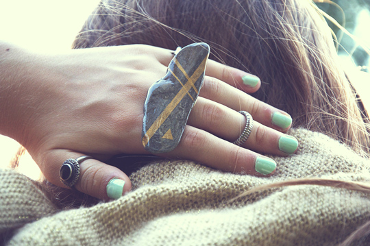 How-To: Gold Stripe Stone Ring