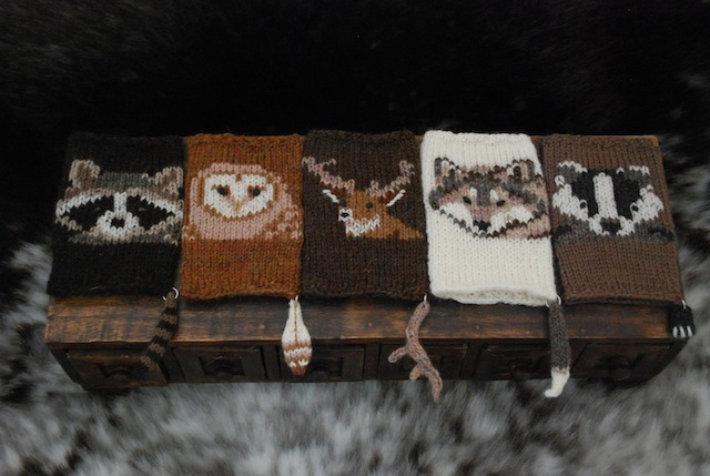 Knitted Woodsy Wrist-ees