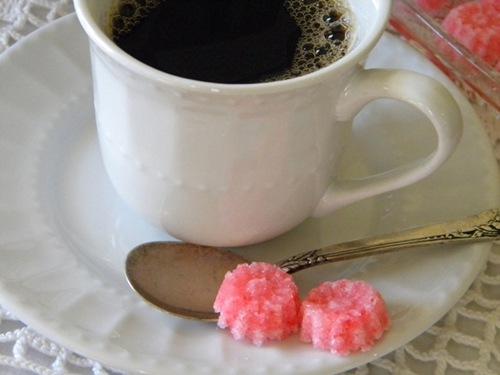 Recipe: Peppermint Sugar Cubes
