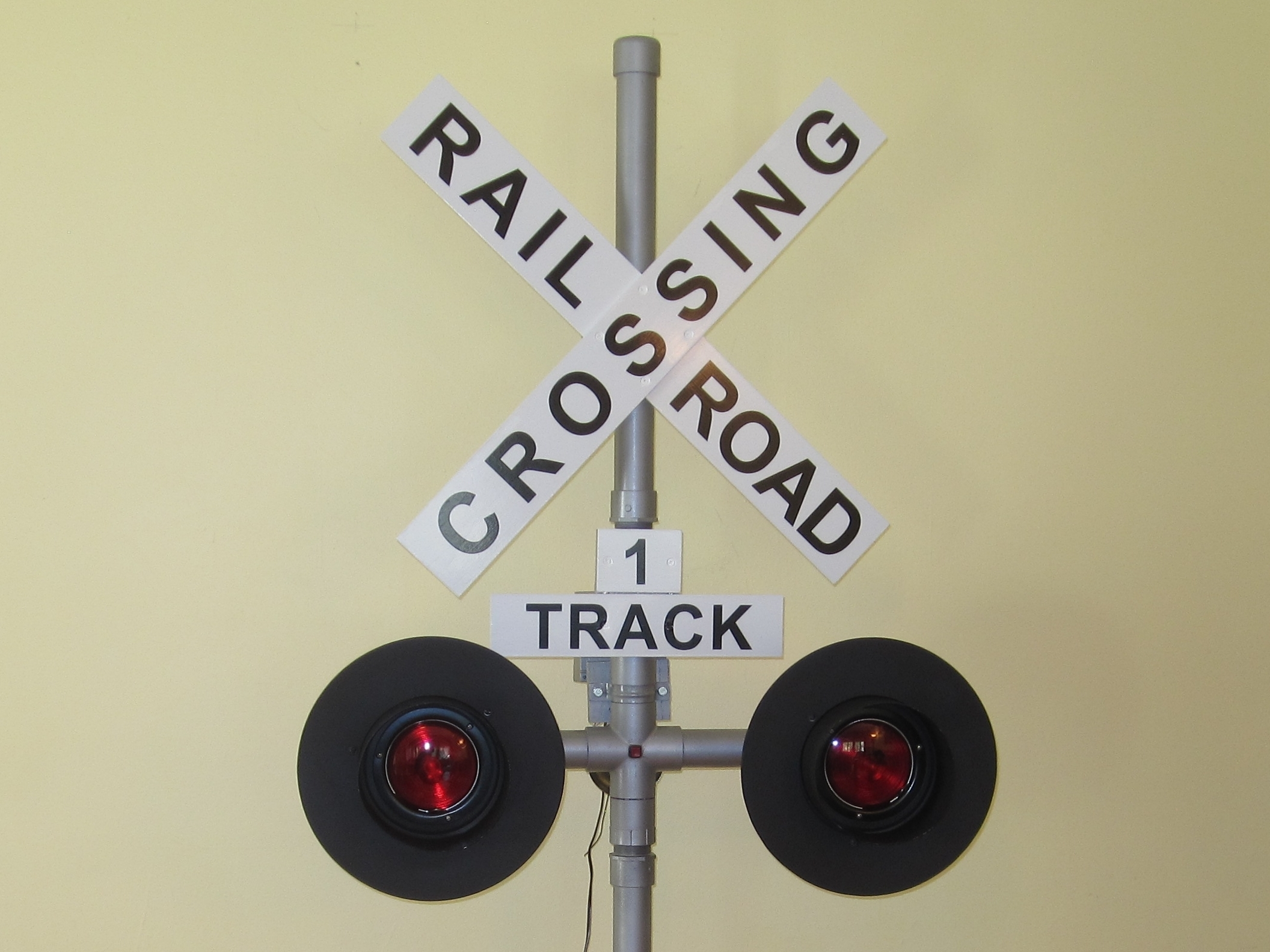 Railroad Grade Crossing Signal Controller
