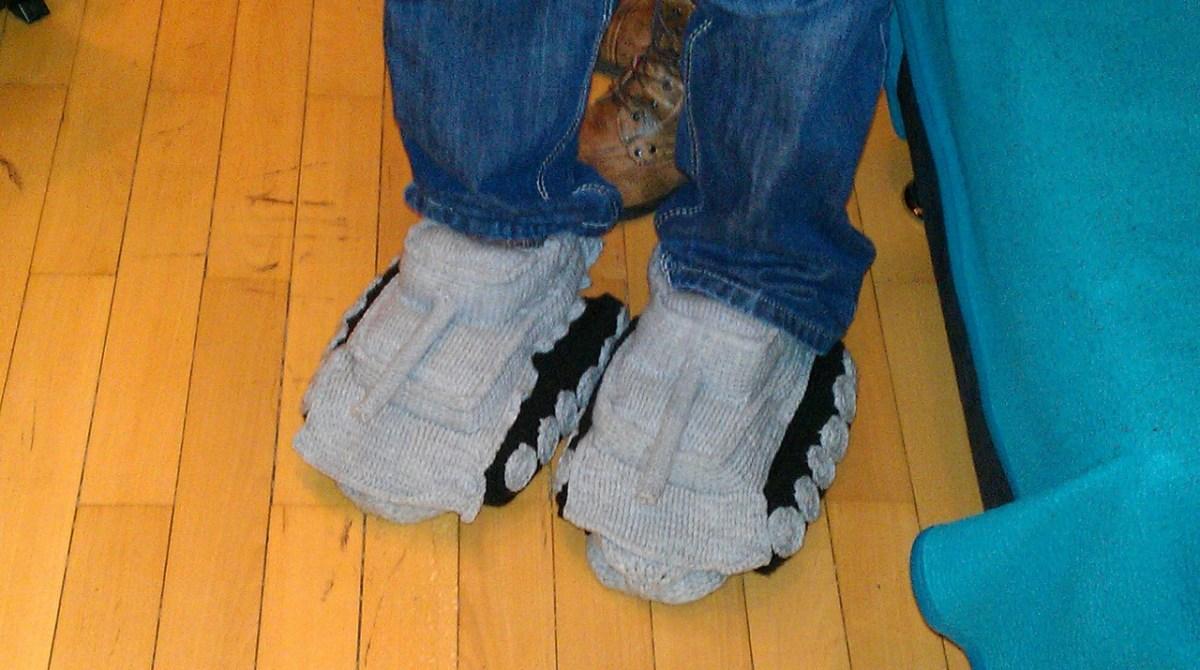 Crocheted Tank Slippers   Make: