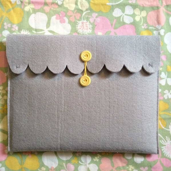 How-To: Scalloped iPad Case