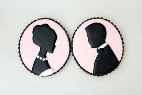 How-To: Cameo Silhouette Cookies